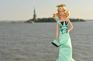statue-of-liberty-barbie